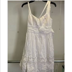 White dress size 3